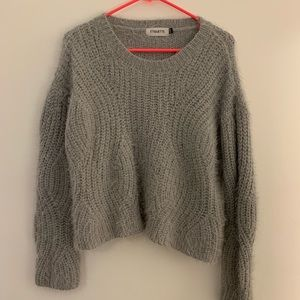 Blue/gray knit sweater